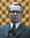 "Gary Oldman in ""Dame, König, As, Spion"""