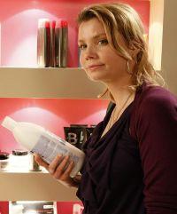 Annette Frier verkörpert in