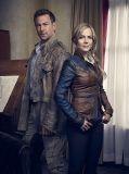 """Grant Bowler und Julie Benz in """"Defiance - 1. Staffel"""""""