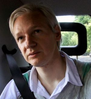 Julian Assange, We Steal Secrets: The Story of WikiLeaks (Szene 07_xp_szn) 2013