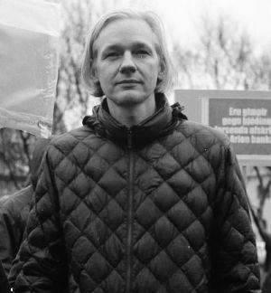 """Julian Assange """"We Steal Secrets: The Story of WikiLeaks"""""""