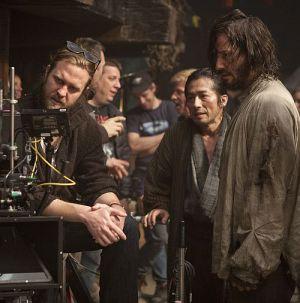 "Regisseur Carl Rinsch mit Hauptdarsteller Keanu Reeves (""47 Ronin"")"