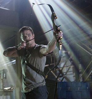 Stephen Amell, Arrow - Season 1 (Szene 03) 2012