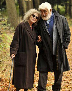 """Hannelore Elsner und Mario Adorf in """"Der letzte Mentsch"""""""