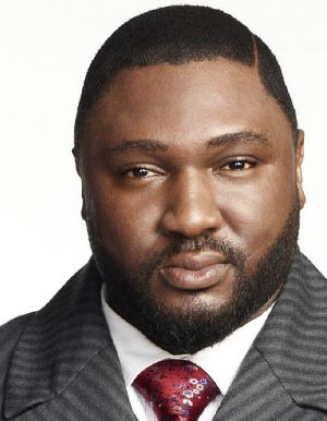 """Nonso Anozie in """"Dracula"""" (Fernsehserie, ab 2013)"""
