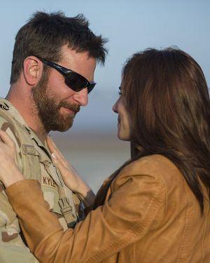 """""""American Sniper"""" Bradley Cooper mit Sienna Miller"""