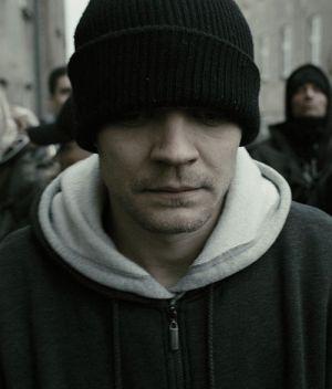 Pilou Asbæk, R - Gnadenlos hinter Gittern (Szene 02) 2010