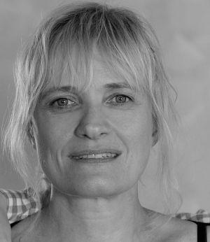 "Ulrike Grote (""Täterätää - Die Kirche bleibt im Dorf 2"")"