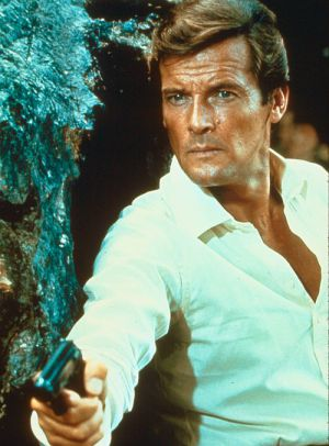 "Roger Moore in ""James Bond 007: Leben und Sterben lassen"" (Live and let die, 1973)"