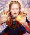 """Mia Wasikowska ist """"Alice im Wunderland: Hinter den Spiegeln"""" (Alice in Wonderland: Through the Looking Glass, 2016)"""