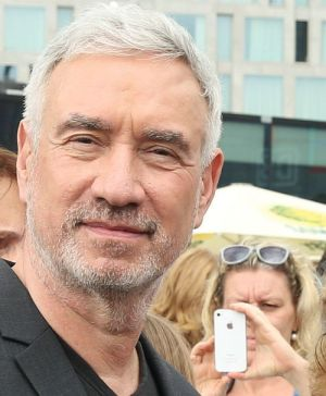 """Regisseur Roland Emmerich bekommt für """"Independence Day: Wiederkehr"""" viele schlechte Kritiken"""