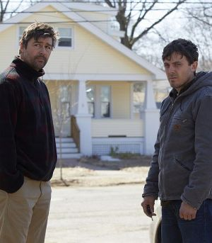 "Kyle Chandler und Casey Affleck in ""Manchester By The Sea"""