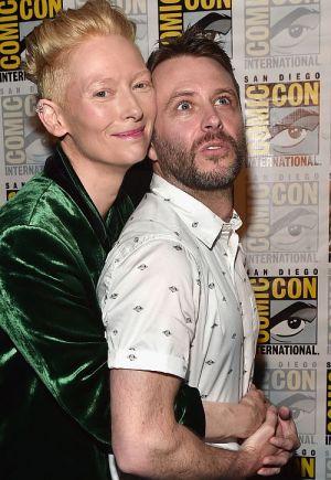 Tilda Swinton mit Chris Hardwick auf der San Diego Comic-Con International 2016