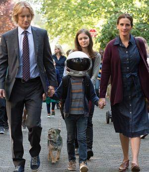 "Owen Wilson, Jacob Tremblay, Izabela Vidovic & Julia Roberts in ""Wunder"" (Wonder, 2017)"