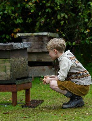 "Gregor Selkirk in ""Der Honiggarten - Das Geheimnis der Bienen"" (""Tell It to the Bees"" 2018)"