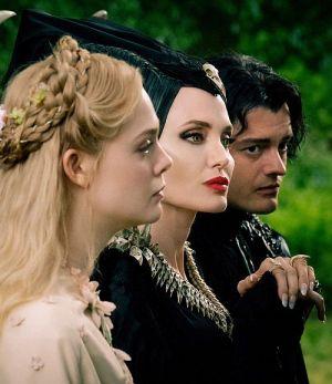 "Elle Fanning, Angelina Jolie & Sam Riley in ""Maleficent Mächte der Finsternis 3D"""