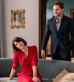 """Daniel Brühl & Gemma Arterton in """"My Zoe"""" (2018)"""